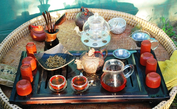 Fengqing Yunnan Black Tea prepared Gong Fu Cha style