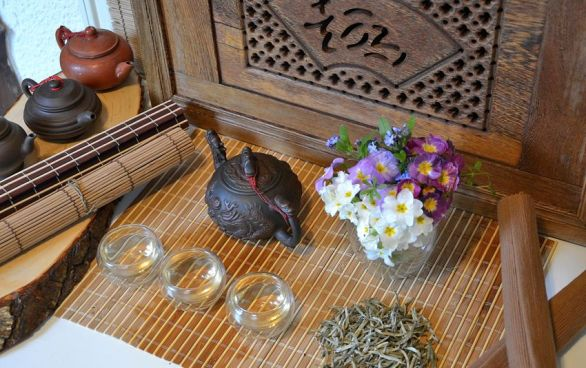 Spring celebration of Ancient Tree White Moonlight Buds Tea