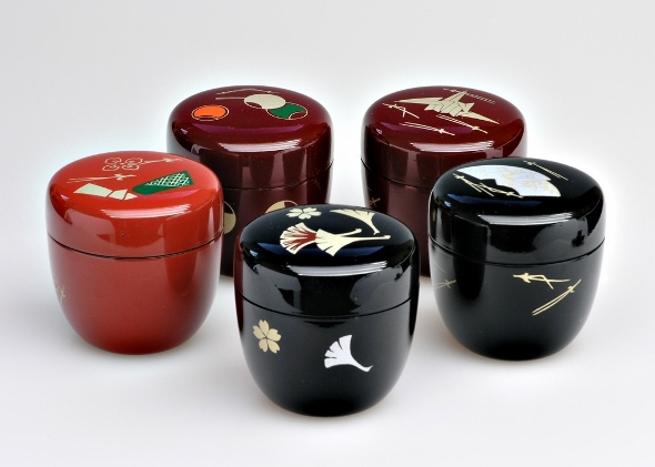 Matcha Container 'Natsume' in different colors