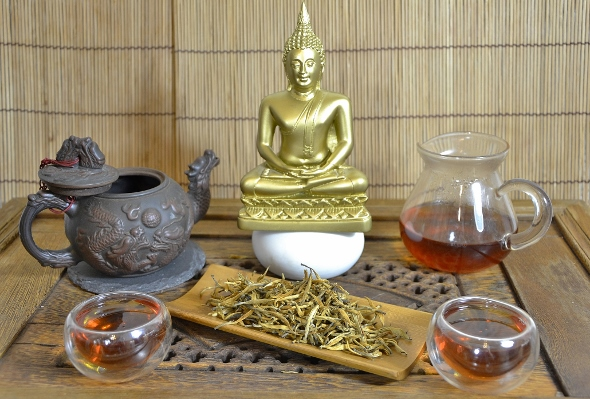 Wild Yunnan Golden Tips - Highest Grade Dian Hong Tea (Yunnan Black Tea)