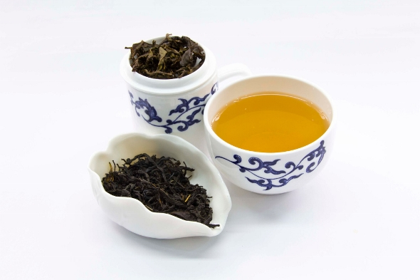 Doke Black Fusion Black Tea - dry leaves, liquor, wet leaves after infusion