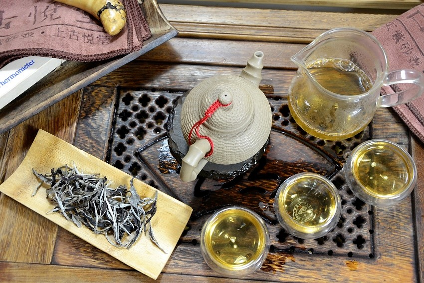 White Moonlight Tea - white tea from Xiangkhoung, Laos